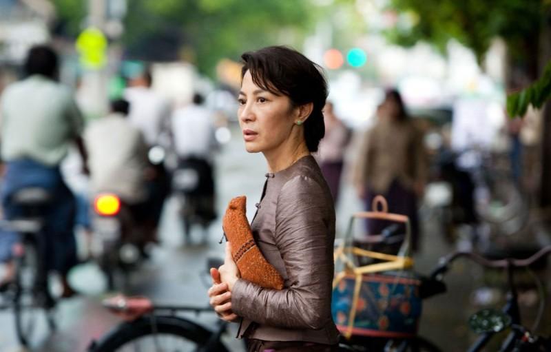 Michelle Yeoh, protagonista del biopic The Lady di Luc Besson