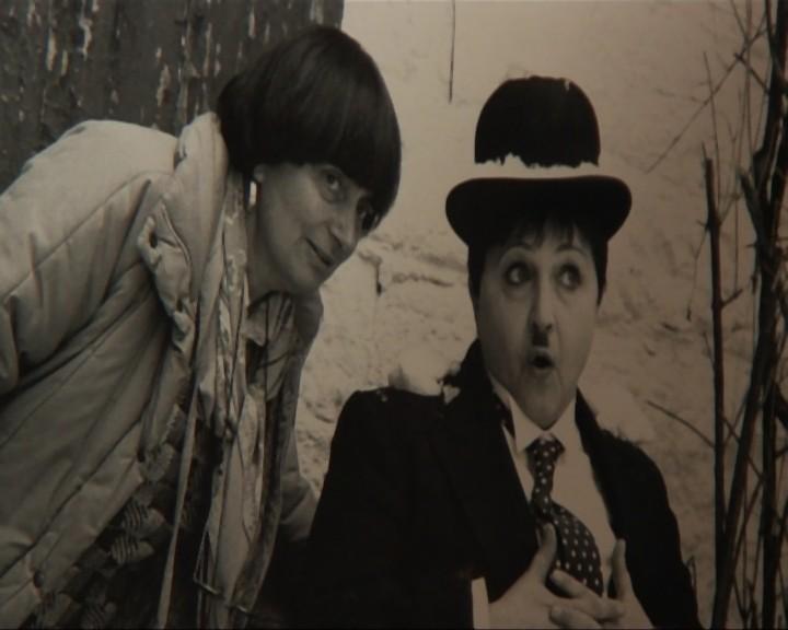 Agnès Varda e Laura Betti in una scena tratta dal documentario La passione di Laura di Paolo Petrucci