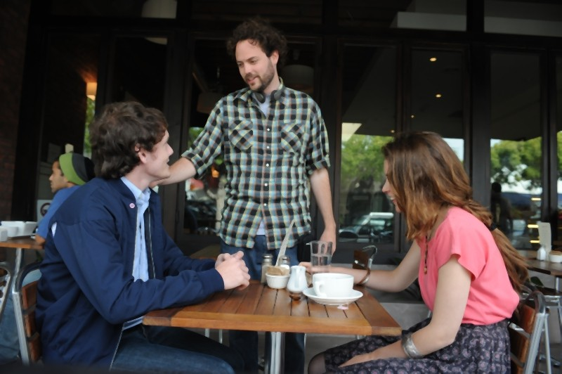 Anton Yelchin e Felicity Jones insieme al regista Drake Doremus sul set del film Like Crazy
