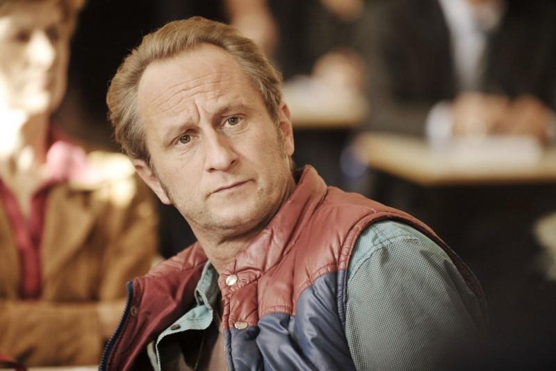 Benoît Poelvoorde è Patrick in una scena del film Mon pire cauchemar
