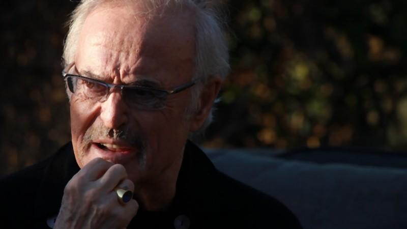 Franco Califano in una scena del documentario Noi di settembre