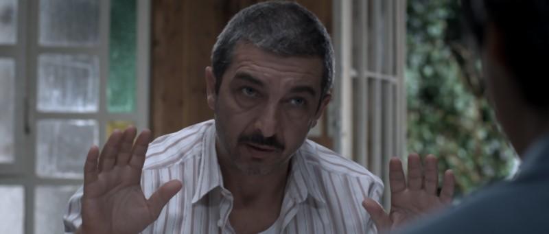 Ricardo Darìn è Roberto in una scena del film argentino Un cuento chino