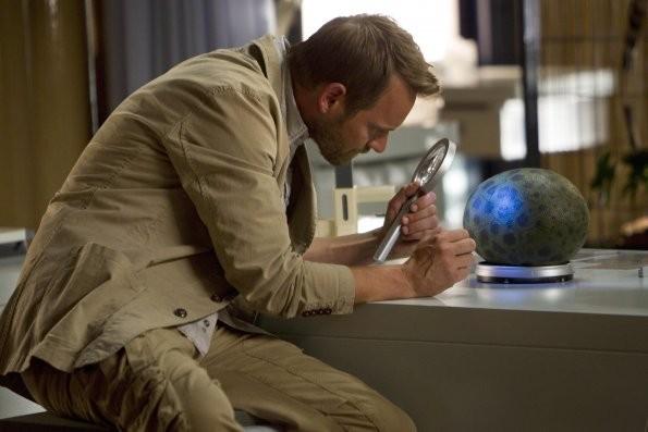Terra Nova: Rod Hallet nell'episodio Bylaw