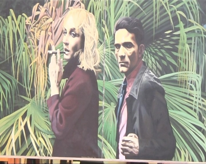 Un quadro che ritrae Laura Betti e Pier Paolo Pasolini in una scena tratta dal documentario La passione di Laura