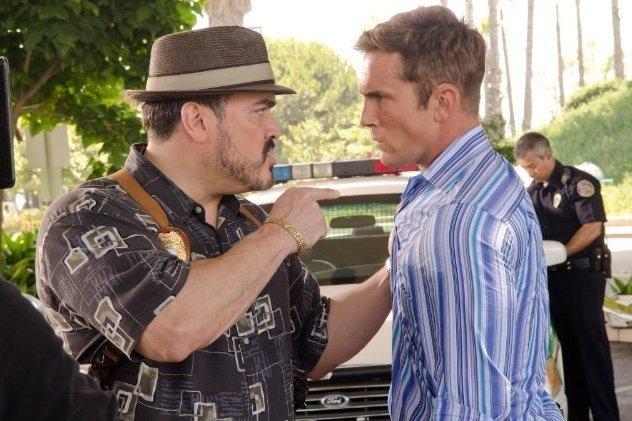 David Zayas insieme a Desmond Harrington nell'episodio Smokey and the Bandit