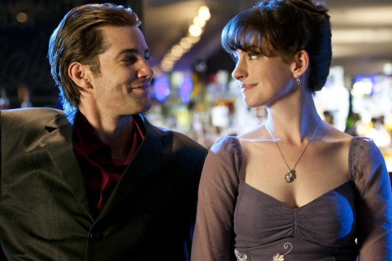 Jim Sturgess insieme ad Anne Hathaway nel romantico One Day
