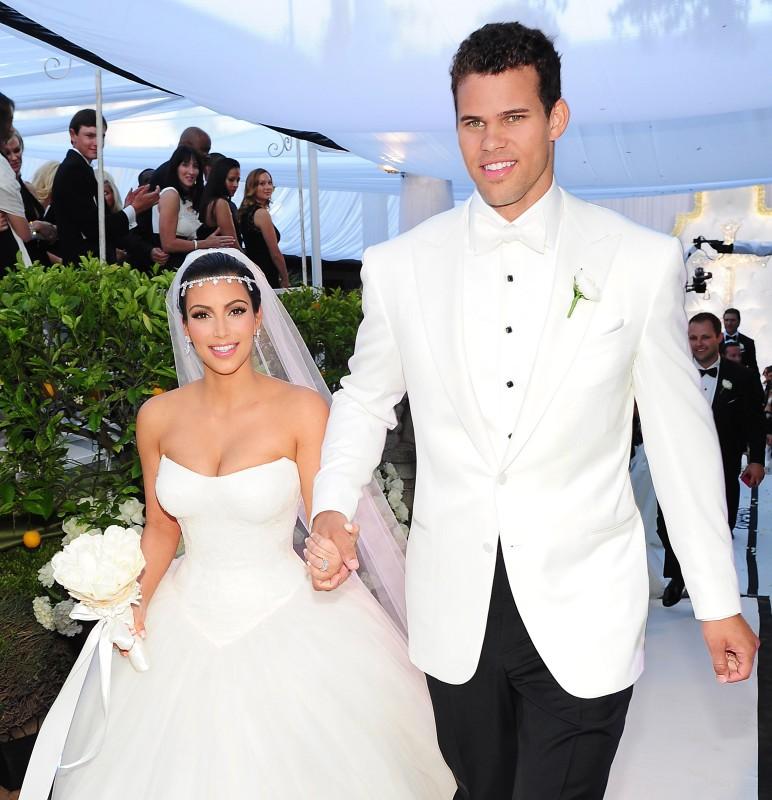 Kim's Fairytale Wedding: A Kardashian Event - Kim Kardashian con Kris Humphries nel giorno del loro matrimonio