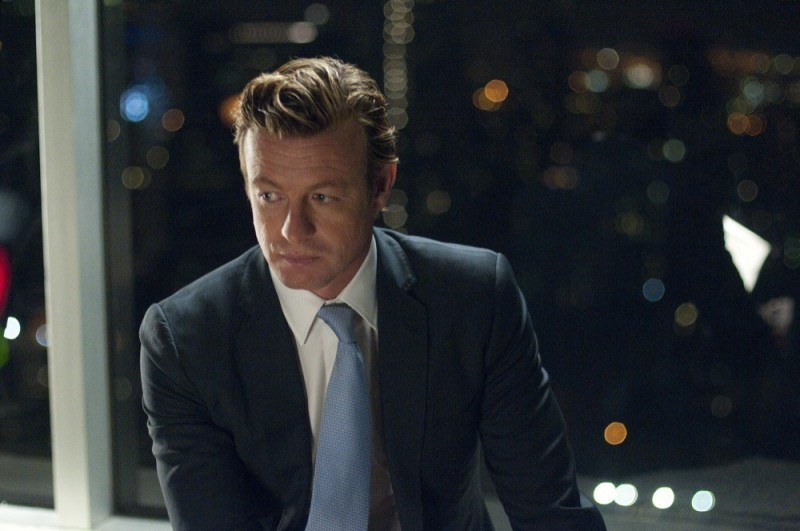 Margin Call: Simon Baker in una scena del film
