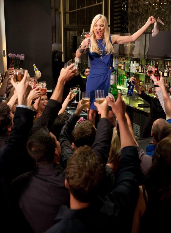 S(ex) List: Anna Faris folleggia ad una festa in una scena del film
