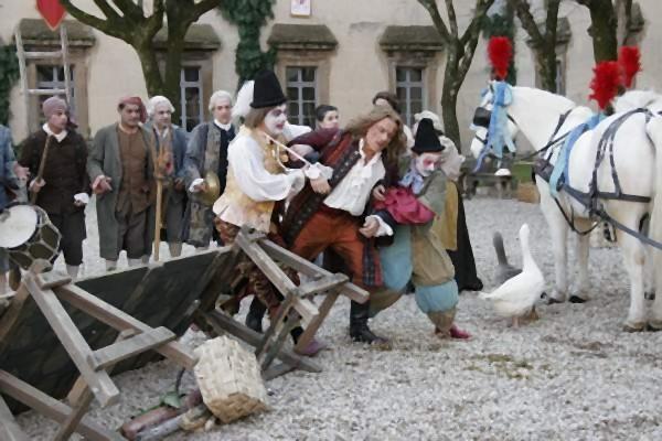 Una scena tratta dal film La meravigliosa avventura di Antonio Franconi con Massimo Ranieri