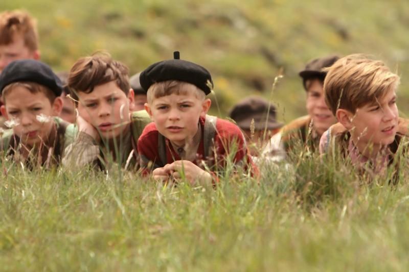 Una scena tratta dal film per ragazzi La nouvelle guerre des boutons