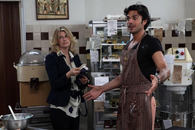 Angela Finocchiaro insieme a Luca Argentero in un'immagine di Lezioni di cioccolato 2
