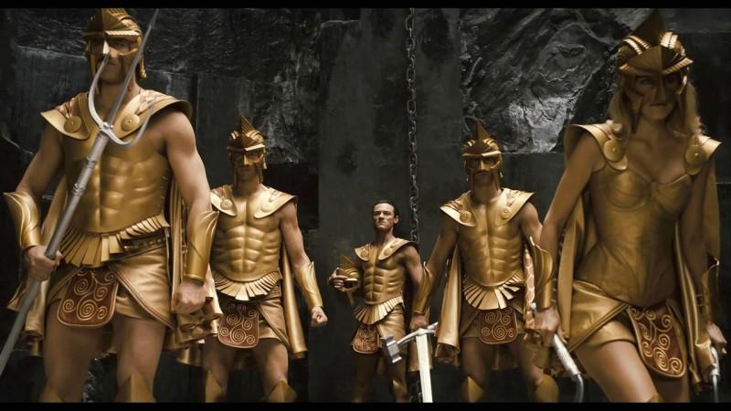 Luke Evans nel ruolo di Zeus in una bellissima scena del film epico Immortals 3D