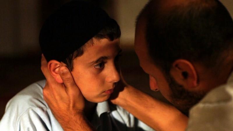 Muatasem Mishal in una scena del film David insieme a Maz Jobrani