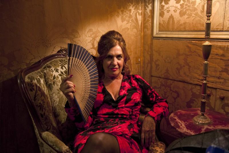 Elisabetta De Palo in una bella immagine promozionale de I soliti idioti