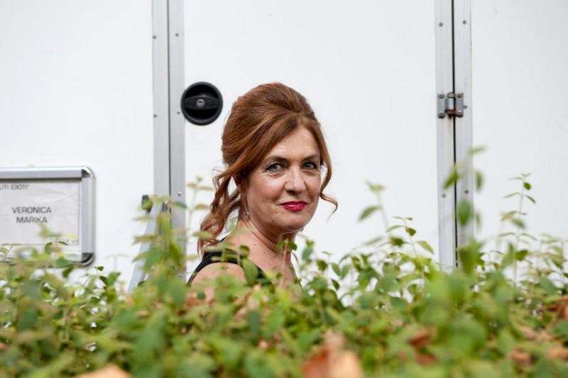 Elisabetta De Palo sul set del film I soliti idioti