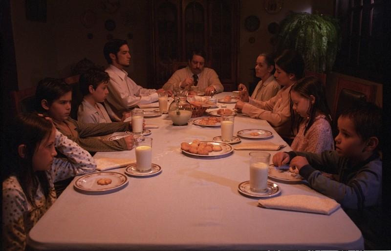En el nombre de la hija, una cena di famiglia tratta dal film