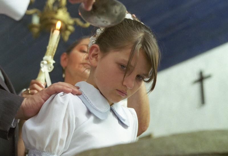 En el nombre de la hija, Eva Mayu Mecham Benavides è Manuela in una scena del film