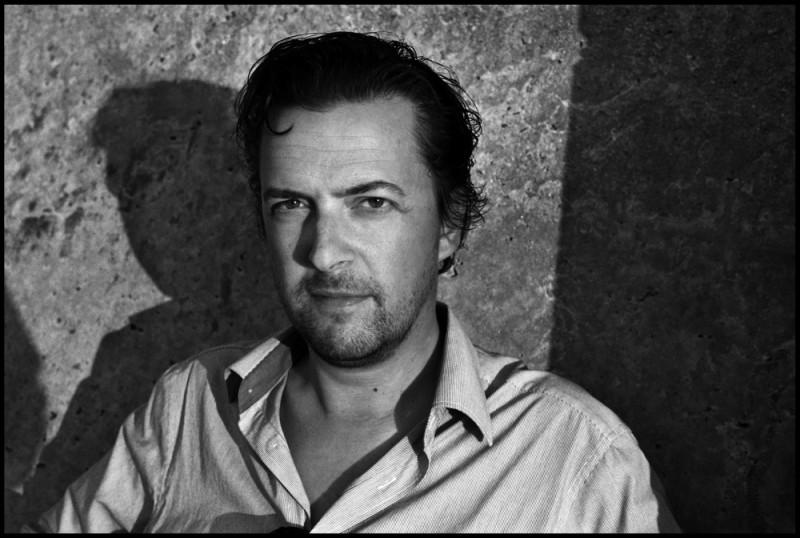 Geoffrey Enthoven, regista di Hasta la vista!, in una foto promozionale