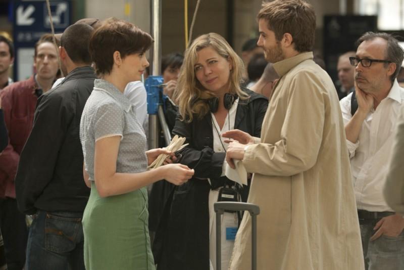 Jim Sturgess e Anne Hathaway sul set di One Day insieme alla regista Lone Scherfig