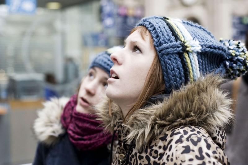 Nina Rodriguez insieme a Julie-Marie Parmentier, sono le giovani protagoniste di No et moi