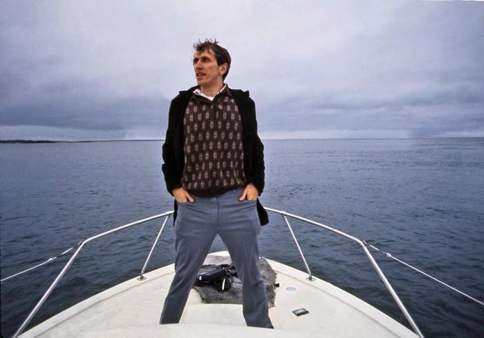 Bobby Fischer against the world: Robert Fischer in barca in una scena tratta dal documentario