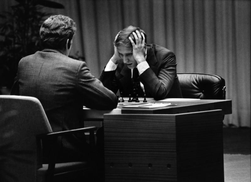 Bobby Fischer against the world, un'immagine di Boris Spassky contro Robert Fischer in una storica partita di scacchi
