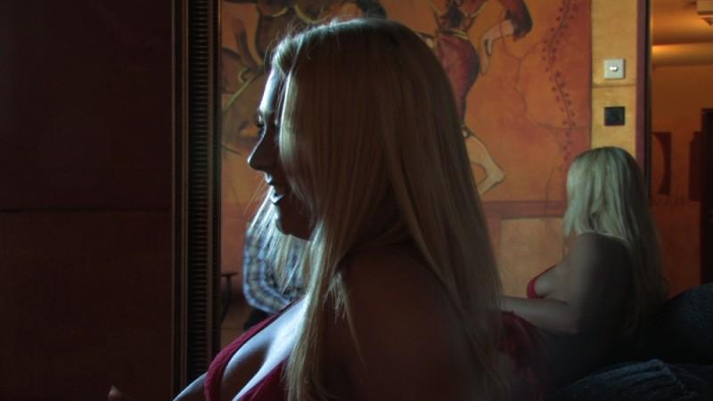 Case chiuse, un'immagine tratta dal documentario di Filippo Soldi sulle case di tolleranza