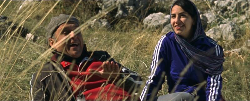 Circumstance: Soheil Parsa insieme alla protagonista Sarah Kazemy in una scena del film