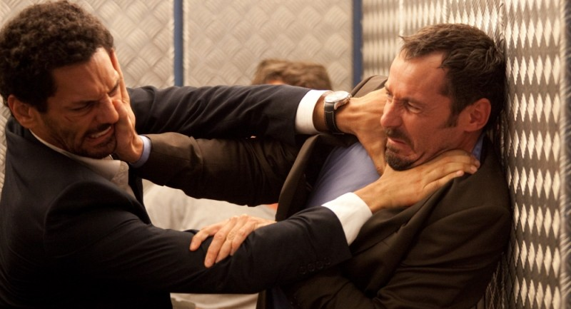 Nuit Blanche: il protagionista del film Tomer Sisley in una scena insieme a Julien Boisselier