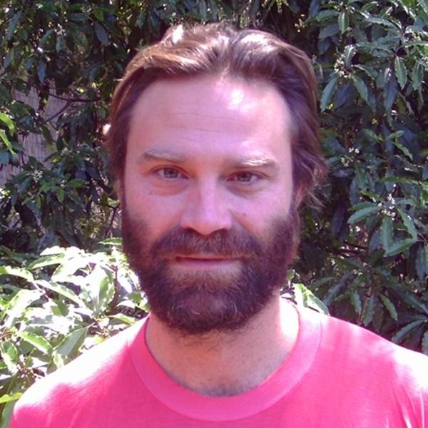Tristan Patterson, regista di Dragonslayer in un'immagine promozionale