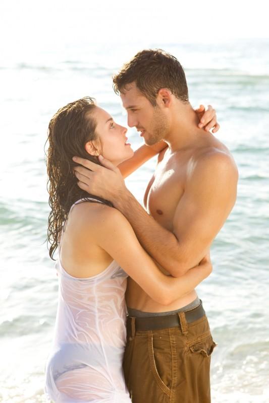 Step Up 4Ever 3D: Kathryn McCormick e Ryan Guzman, protagonisti del film, sulla spiaggia di Miami nella prima foto dal set