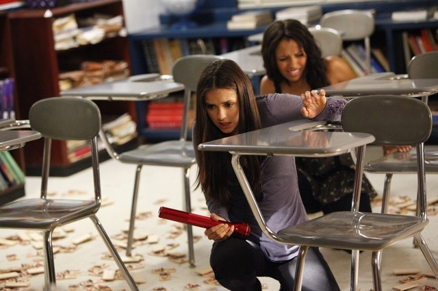 The Vampire Diaries: Nina Dobrev e Kat Graham nell'episodio The Reckoning