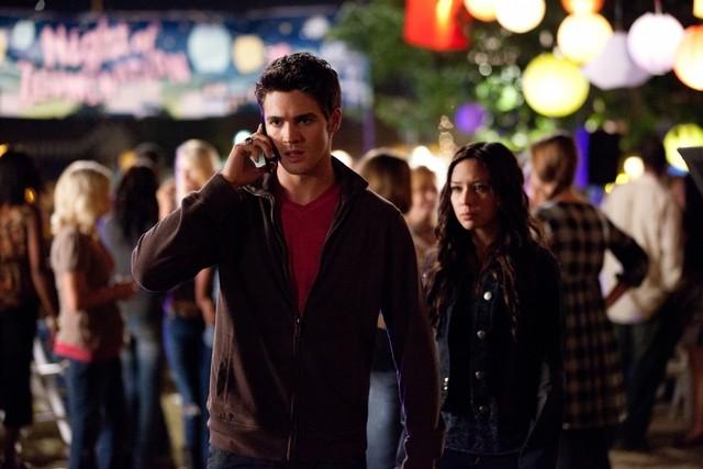 The Vampire Diaries: Steven R. McQueen e Malese Jow nell'episodio Ghost World