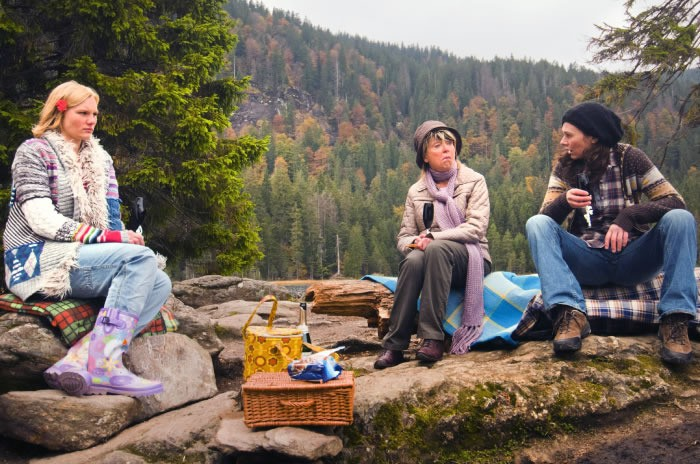 Bettina Mittendorfer, Rosalie Thomass e Gisela Schneeberger protagoniste di Eine ganz heiße Nummer