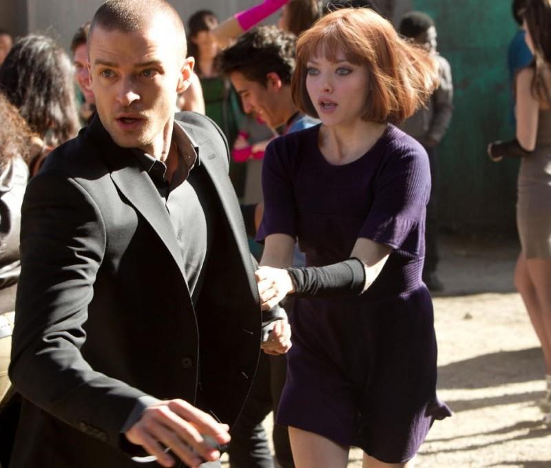 In Time: Justin Timberlake con Amanda Seyfried nel film