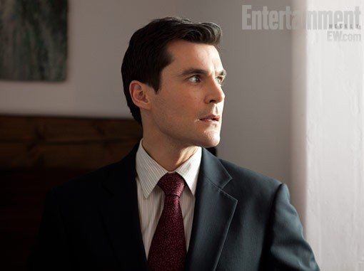 Much Ado About Nothing: Sean Maher in una scena