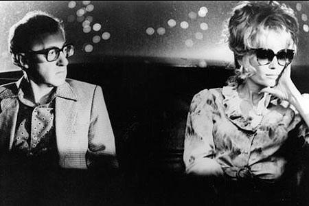 Woody Allen e Mia Farrow in una scena del film Broadway Danny Rose