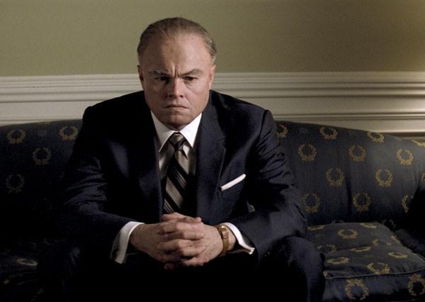 Leonardo DiCaprio in J.Edgar: una sequenza del film di Eastwood