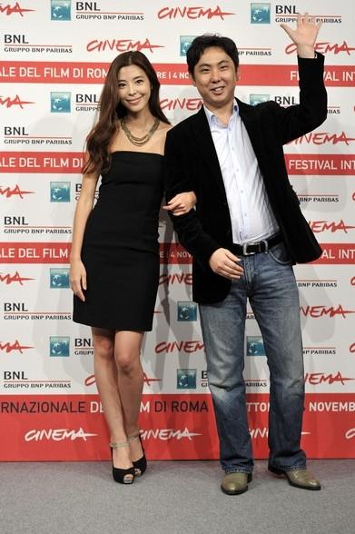 Roma 2011: il regista Juhn Jaihong e la protagonista Kim Gyu-ri presentano Poongsan