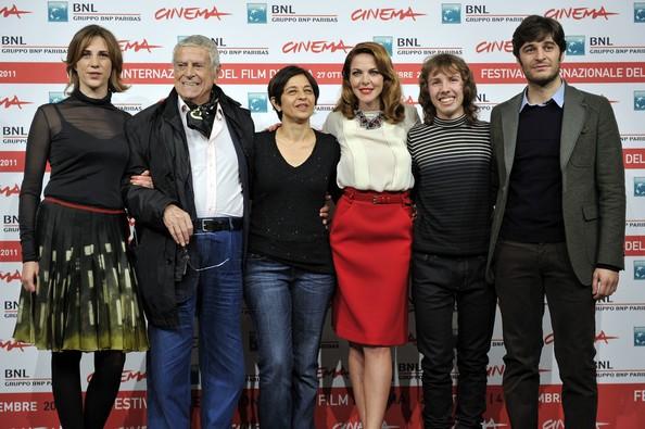 Roma 2011: la regista Marina Spada con Claudia Gerini, Claudia Coli e il cast de Il mio domani