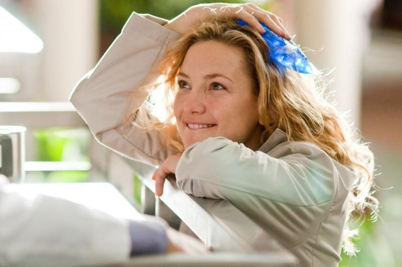 Una sognante Kate Hudson in un'immagine tratta da Il mio angolo di paradiso