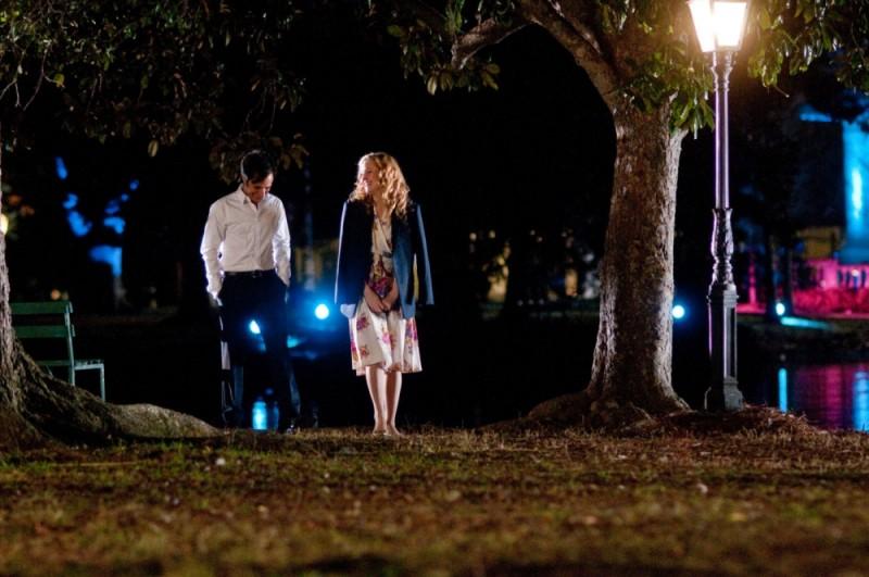 Kate Hudson passeggia in riva al lago insieme a Gael Garcìa Bernal ne Il mio angolo di paradiso
