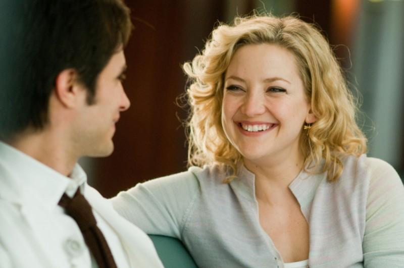 Lo splendido sorriso di Kate Hudson in una scena de Il mio angolo di paradiso