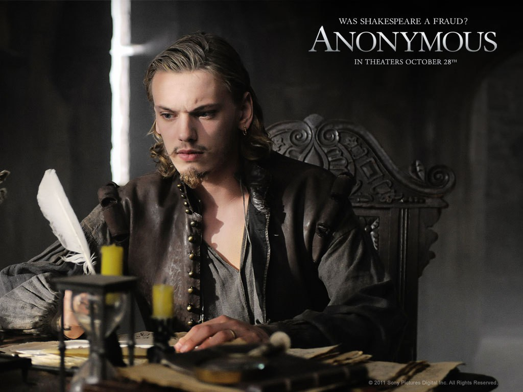 Anonymous, Jamie Campbell Bower su uno dei wallpaper del film