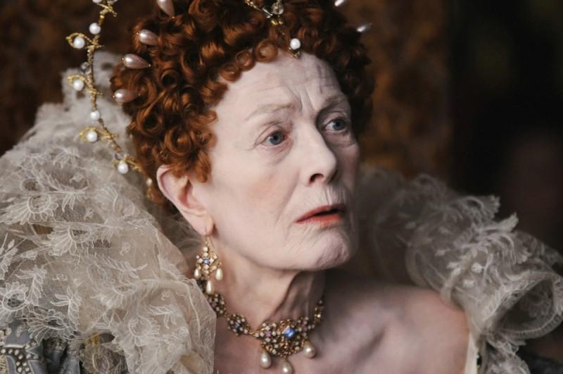 Vanessa Redgrave nei panni della Regina Elisabetta in una scena di Anonymous