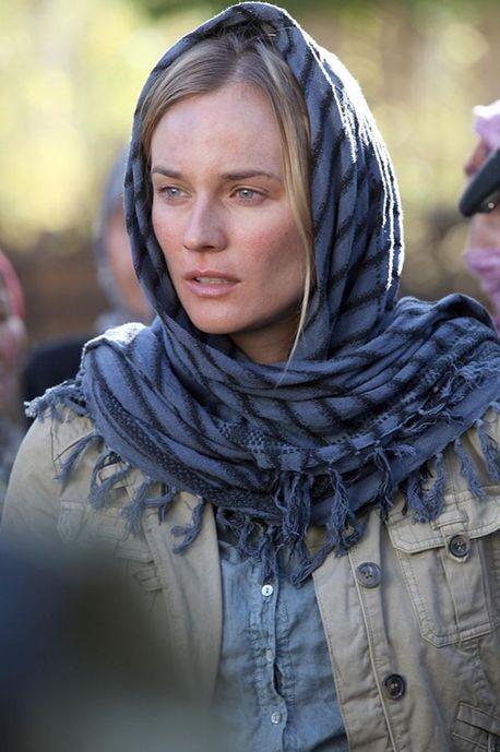 Diane Kruger in Special Forces interpreta la reporter Elsa Casanova