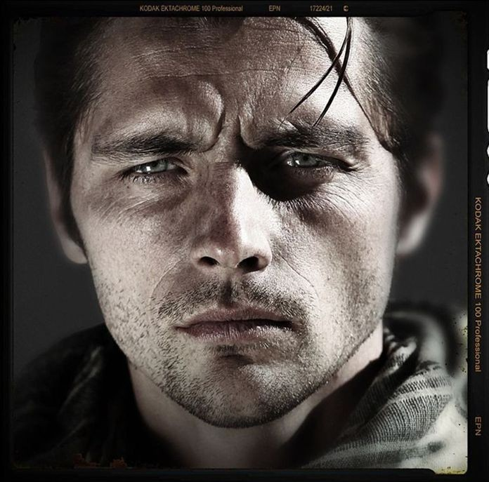 Raphaël Personnaz in Special Forces: un'immagine promo