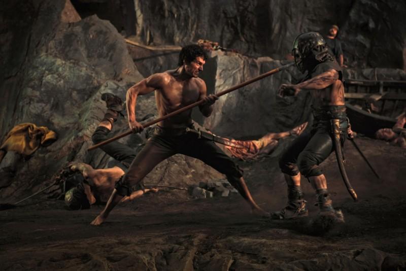 Immortals 3D: Henry Cavill durante una scena di combattimento