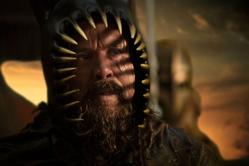 Mickey Rourke è Re Iperione in una scena del film epico Immortals 3D